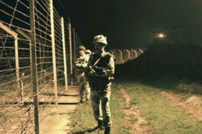 印巴双方在克什米尔爆发激烈枪战 过去1年频繁交火致30人死亡