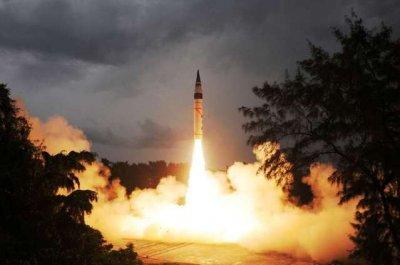 印度试射洲际导弹 声称未来可与英美等军事强国相媲美