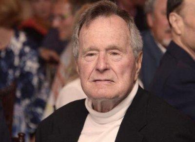 老布什住院 刚送走自己的妻子芭芭拉自己却因为败血症住进医院