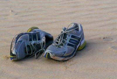 加拿大海岸惊现神秘人脚 有些困惑警方已展开调查