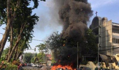 印尼教堂炸弹袭击者来自同一家庭 造成大量伤亡非常惨烈