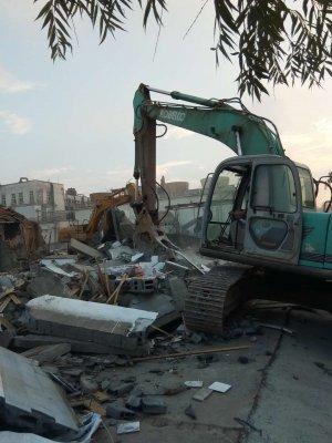 洪门街道:新庄村德邦地块棚户区改造进入实质性的拆迁阶段