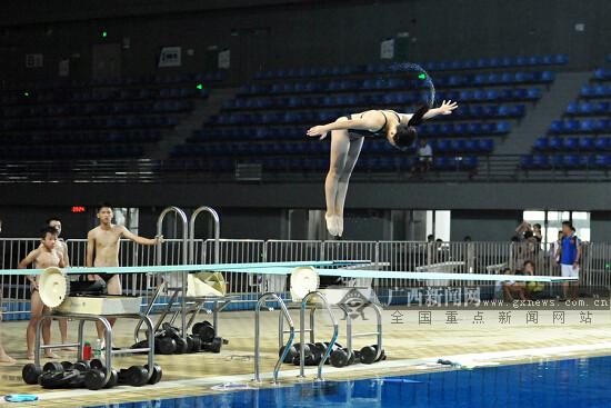 2018广西少年儿童跳水锦标赛在梧州市游泳跳水馆开跳
