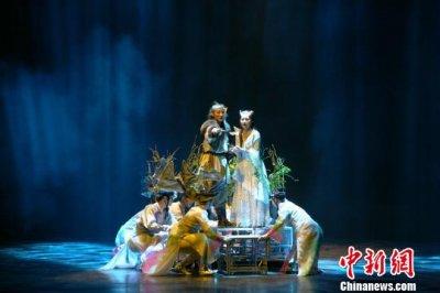 天津儿艺大型音乐神话剧《寻找海力布》23日在天津光华剧院上演