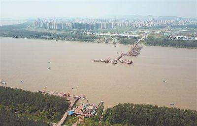 南京八卦洲浦仪公路跨夹江大桥在建