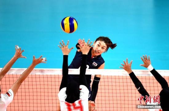 韩国女排以3:1战胜日本队夺得雅加达亚运会女子排球铜牌