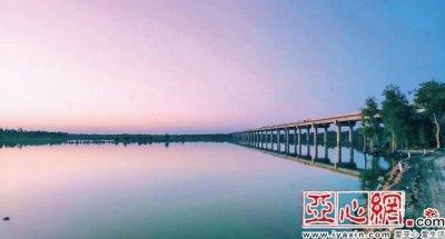 塔里木河特大桥项目基本完工 经过近两年施工建设