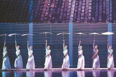舞蹈诗剧《节气江南》精彩上演 令观众沉醉不已