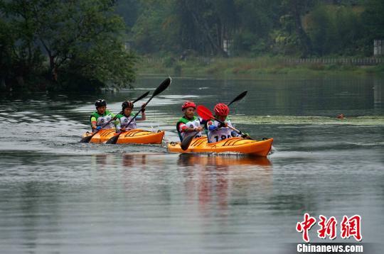 全国山地户外运动挑战赛在广西灌阳县举行 赛程约为115公里
