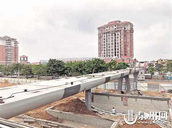 泉州鲤城金洲天桥月底通行 主桥长度约85米