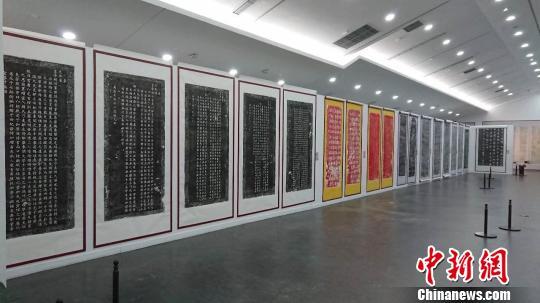 展览作品年代从东汉年间跨度到近代时期。山西工美提供