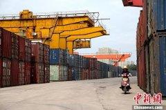 2018年全国铁路完成货物发送量40.22亿吨 其中国家铁路发送31.9亿吨