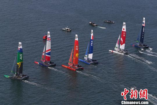参加2019国际帆船大奖赛的六国帆船队。赛事方提供