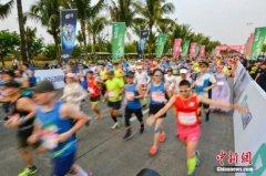去年中国境内举办800人以上马拉松及相关赛事达1581场