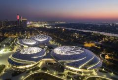 江苏大剧院举办世界知名钢琴家公益普及课