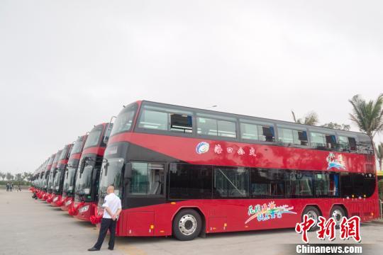 海口开通首条纯电动双层巴士观光专线