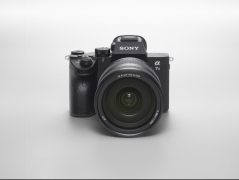 便携也专业 索尼全画幅微单A7M3 给你不一样的拍摄体验