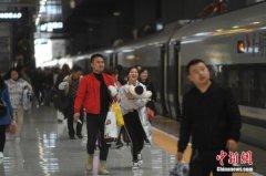 长三角铁路春游共发送旅客5222.1万人次 较去年同期增加395.7万人次