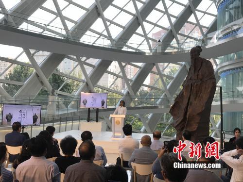 中国当代著名雕塑家、中国美术馆馆长吴为山