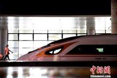 今年底中国铁路营业里程将逾13.9万公里 其中高铁3.5万公里