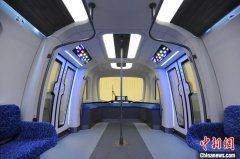 """""""下一代地铁列车""""在广州完成调试 最高速度可达140公里每小时"""