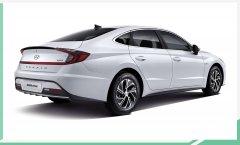 现代全新索纳塔混动版2月6日发布 车顶安放一块太阳能电池板