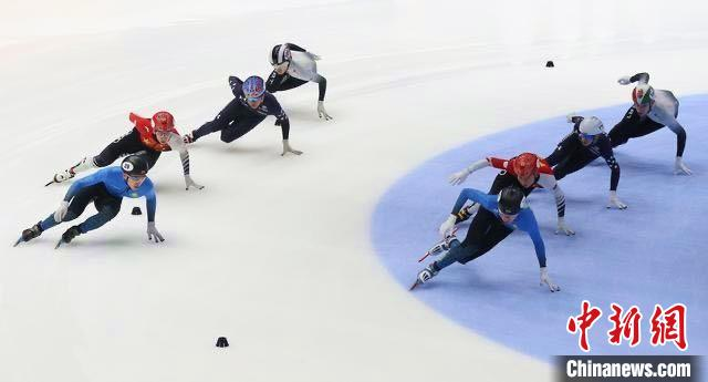中国队参加了男子5000米接力 黑龙江省体育局提供 摄